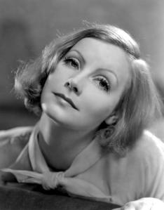 Nelle intenzioni dell'autore, Greta Garbo doveva interpretare il ruolo di Salka Valka in un film omonimo