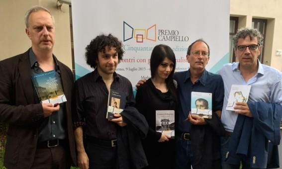 I cinque finalisti: da destra, Scurati, Balzano, Pellegrino, Giacopini, Colagrande
