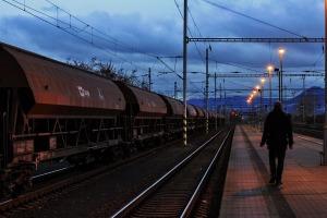 train-3087855_960_720