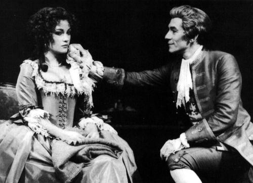 Jane_Seymour_and_Ian_McKellen_in_Amadeus,_1980_or_1981 2